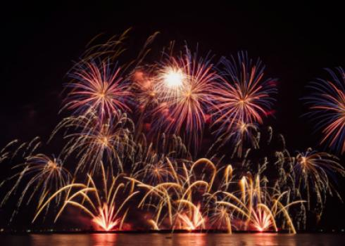 feu-artifice-bordeaux-gironde-2020-covid